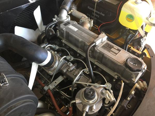 Động cơ xe nâng 2.5 tấn lắp những loại động cơ nào?