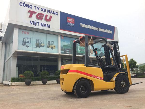 Xe nâng điện 2 tấn tại Bắc Ninh