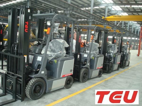 Xe nâng điện 1.5 tấn tại Bắc Giang